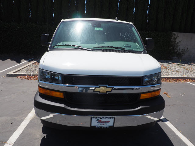 2020 Chevrolet Express 3500 4x2, Passenger Wagon #24027 - photo 1