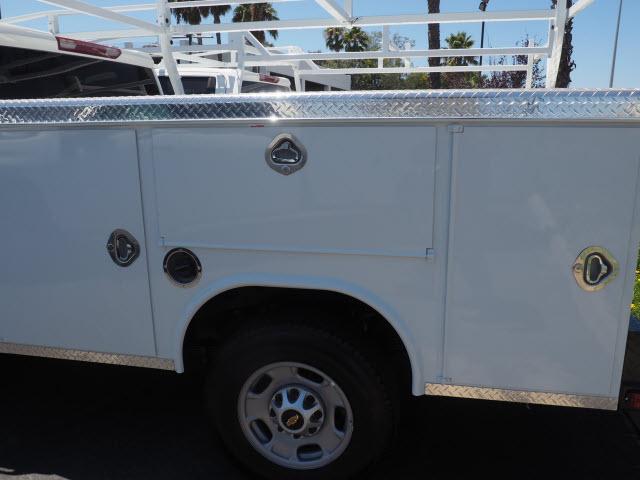 2020 Chevrolet Silverado 2500 Crew Cab 4x2, Royal Service Body #24037 - photo 9