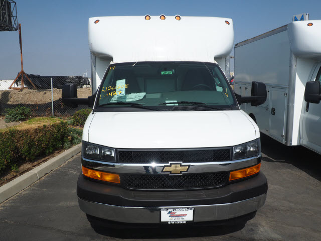 2020 Chevrolet Express 3500 4x2, Supreme Cutaway Van #24120 - photo 1