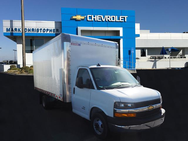 2020 Chevrolet Express 4500 DRW 4x2, Morgan Cutaway Van #24268 - photo 1