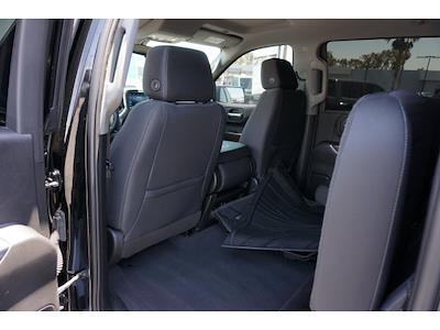 2019 Chevrolet Silverado 1500 Crew Cab 4x4, Pickup #65006A - photo 3