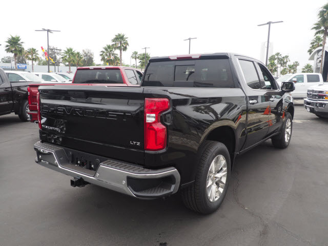2019 Silverado 1500 Crew Cab 4x2,  Pickup #62188 - photo 2