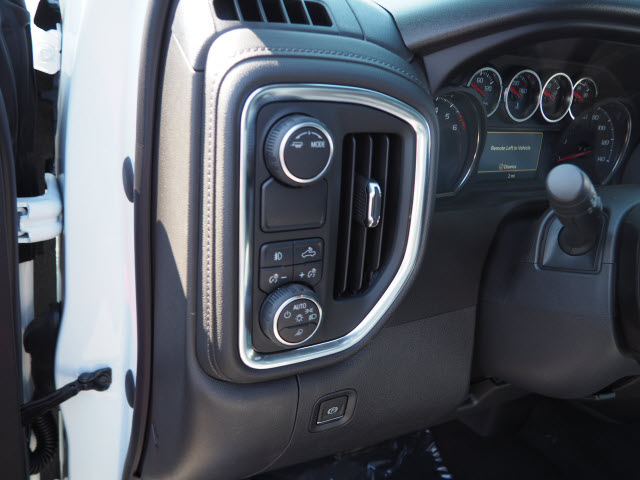 2020 Silverado 1500 Crew Cab 4x2, Pickup #63181 - photo 8