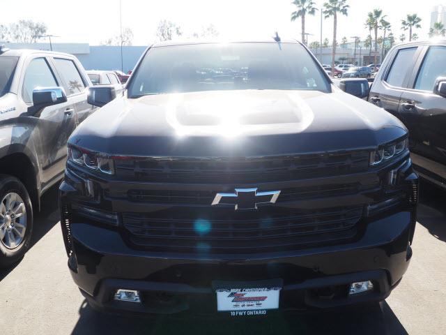2021 Chevrolet Silverado 1500 Crew Cab 4x4, Pickup #64192 - photo 3