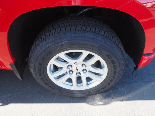 2021 Chevrolet Silverado 1500 Crew Cab 4x4, Pickup #64196 - photo 2