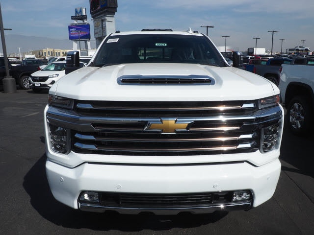 2021 Chevrolet Silverado 3500 Crew Cab 4x4, Pickup #64324 - photo 3