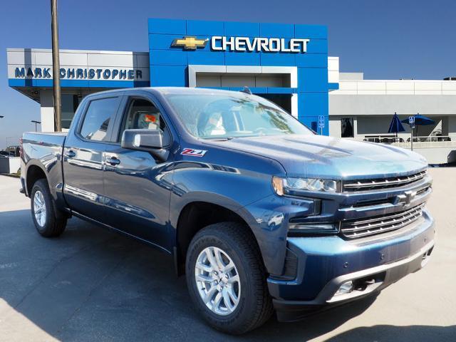 2021 Chevrolet Silverado 1500 Crew Cab 4x4, Pickup #64334 - photo 1