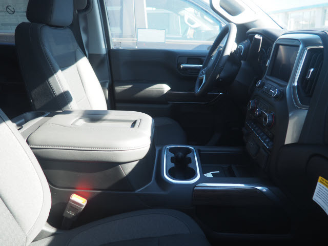 2021 Chevrolet Silverado 1500 Crew Cab 4x2, Pickup #64374 - photo 5
