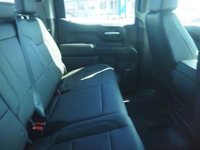 2021 Chevrolet Silverado 1500 Crew Cab 4x4, Pickup #64573 - photo 2