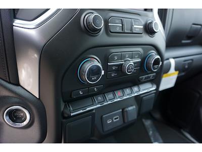 2021 Chevrolet Silverado 1500 Crew Cab 4x2, Pickup #64999 - photo 2