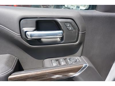 2021 Chevrolet Silverado 1500 Crew Cab 4x2, Pickup #64999 - photo 4