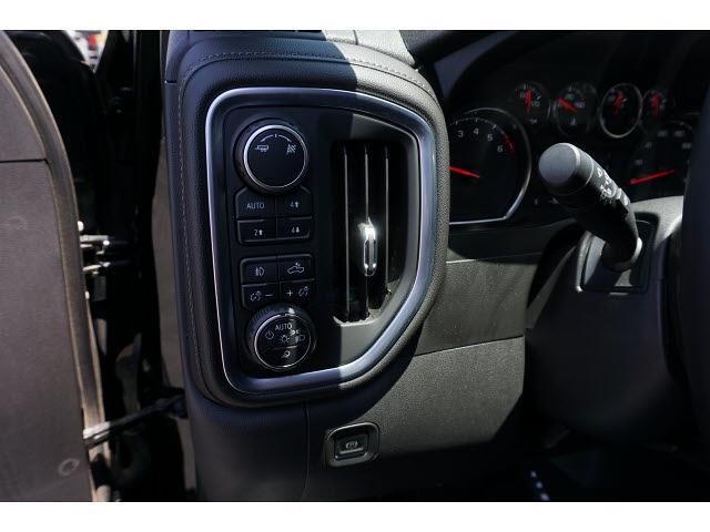 2019 Chevrolet Silverado 1500 Crew Cab 4x4, Pickup #65006A - photo 17