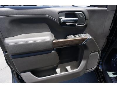 2019 Chevrolet Silverado 1500 Crew Cab 4x4, Pickup #65006A - photo 14