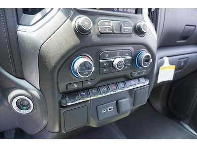 2021 Chevrolet Silverado 1500 Crew Cab 4x2, Pickup #65031 - photo 10