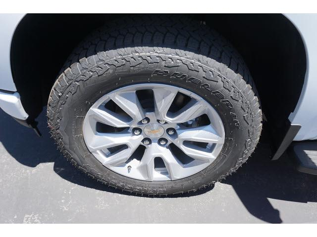 2021 Chevrolet Silverado 1500 Crew Cab 4x4, Pickup #65046 - photo 4