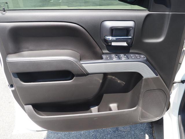 2018 Chevrolet Silverado 1500 Crew Cab 4x4, Pickup #65195A - photo 20