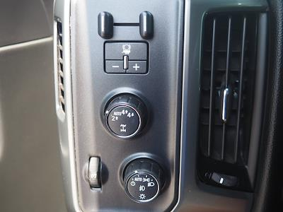 2018 Chevrolet Silverado 1500 Crew Cab 4x4, Pickup #65195A - photo 10