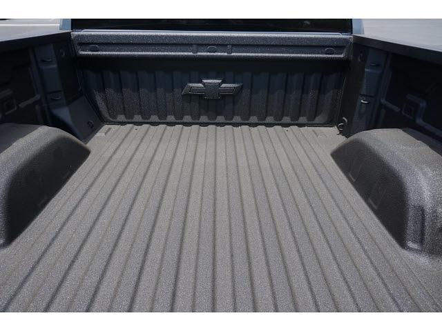 2021 Chevrolet Silverado 1500 Crew Cab 4x4, Pickup #65222 - photo 10