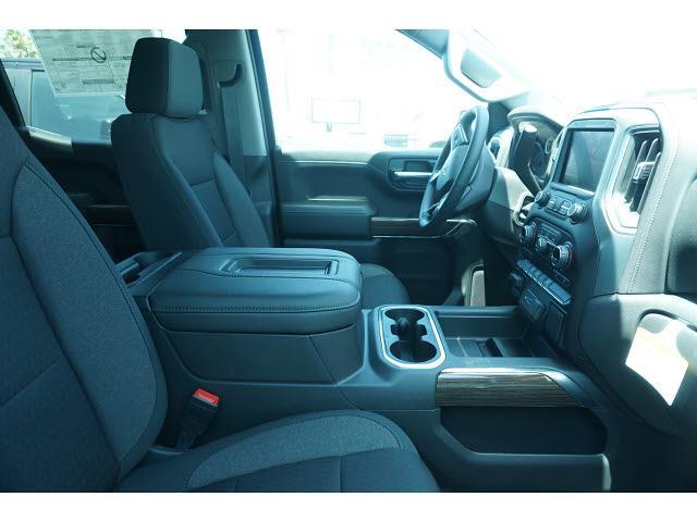 2021 Chevrolet Silverado 1500 Crew Cab 4x4, Pickup #65225 - photo 8