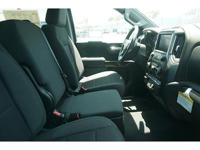 2021 Chevrolet Silverado 1500 Crew Cab 4x2, Pickup #65230 - photo 6