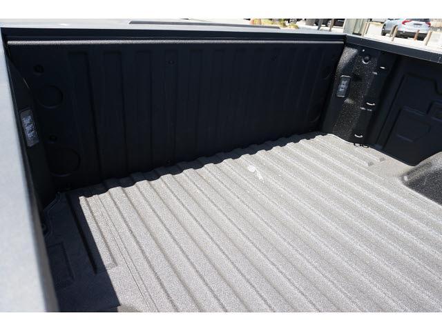 2021 Chevrolet Silverado 1500 Crew Cab 4x4, Pickup #65249 - photo 10