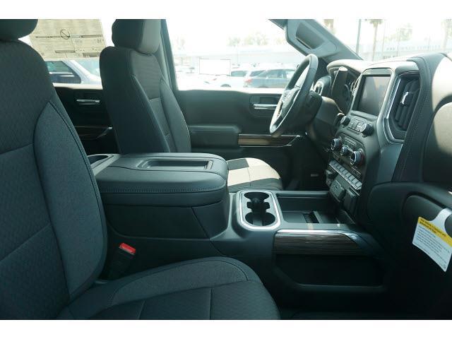 2021 Chevrolet Silverado 1500 Crew Cab 4x4, Pickup #65260 - photo 7