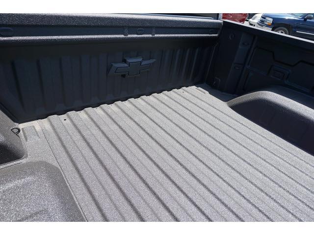 2021 Chevrolet Silverado 1500 Crew Cab 4x4, Pickup #65263 - photo 10