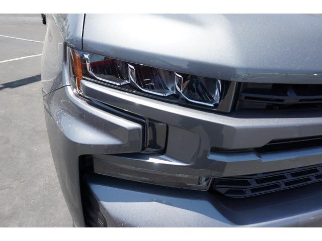 2021 Chevrolet Silverado 1500 Crew Cab 4x4, Pickup #65263 - photo 4