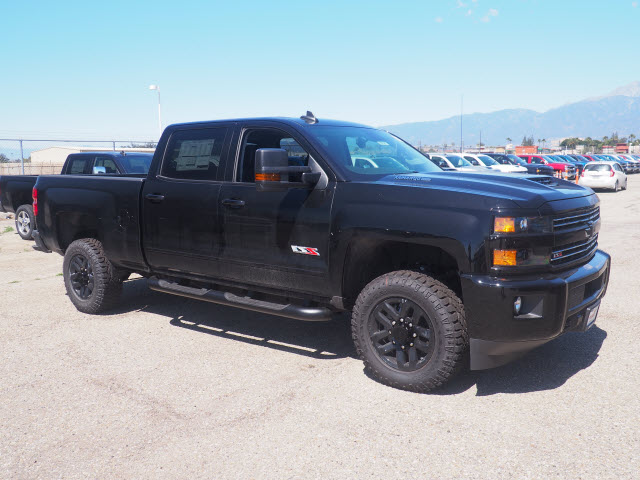 2018 Silverado 2500 Crew Cab 4x4,  Pickup #78662 - photo 3