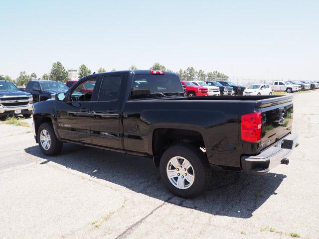2018 Silverado 1500 Double Cab 4x2,  Pickup #79366 - photo 2