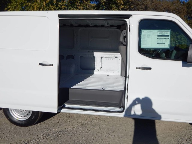 2018 NV1500 Standard Roof,  Empty Cargo Van #18N439 - photo 10