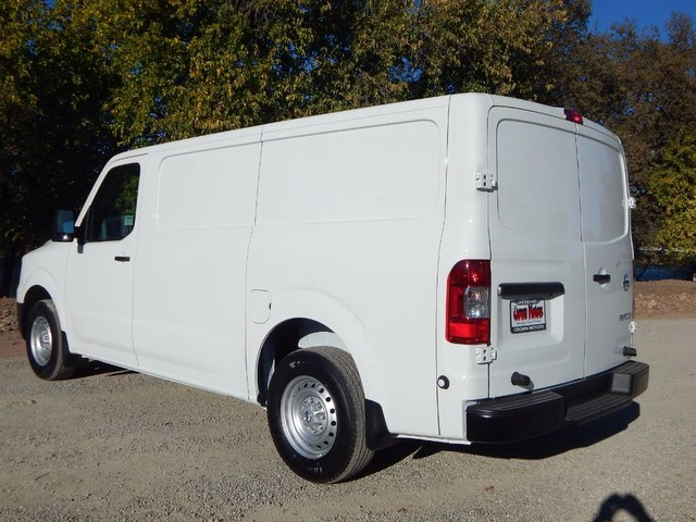 2018 NV1500 Standard Roof,  Empty Cargo Van #18N439 - photo 5