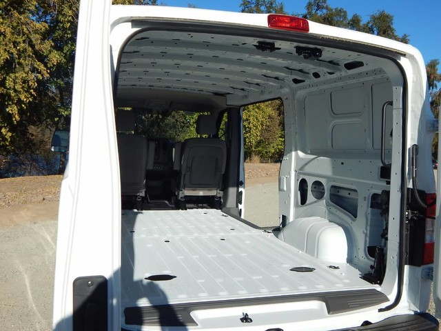 2018 NV1500 Standard Roof,  Empty Cargo Van #18N439 - photo 7