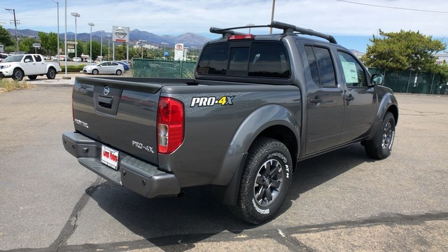 2019 Nissan Frontier Crew Cab 4x4, Pickup #19N291 - photo 1