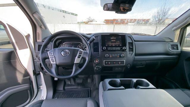 2021 Nissan Titan XD 4x4, Pickup #21N005 - photo 27