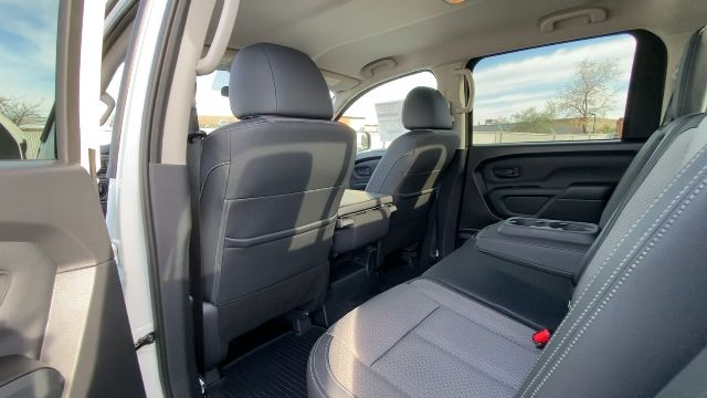 2021 Nissan Titan XD 4x4, Pickup #21N005 - photo 29