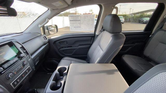 2021 Nissan Titan XD 4x4, Pickup #21N005 - photo 33