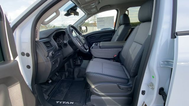 2021 Nissan Titan XD 4x4, Pickup #21N005 - photo 40
