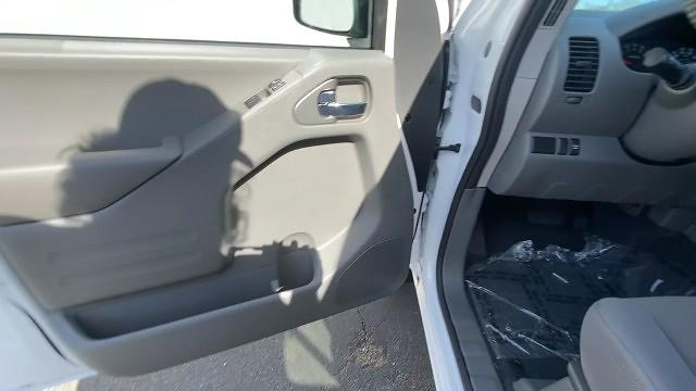 2021 Nissan Frontier 4x2, Pickup #21N089 - photo 28