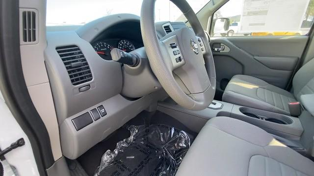 2021 Nissan Frontier 4x2, Pickup #21N089 - photo 38