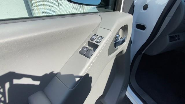 2021 Nissan Frontier 4x4, Pickup #21N090 - photo 30