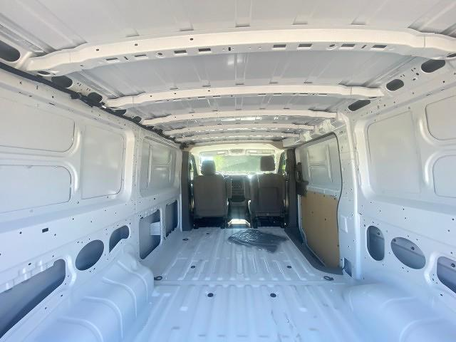 2021 Nissan NV HD 4x2, Empty Cargo Van #21N119 - photo 2