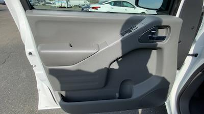 2021 Nissan Frontier 4x2, Pickup #21N128 - photo 26