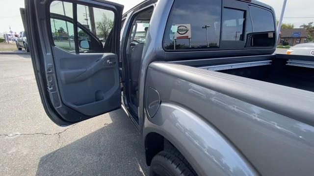 2021 Nissan Frontier 4x4, Pickup #21N141 - photo 22