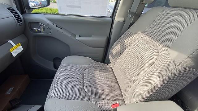 2021 Nissan Frontier 4x4, Pickup #21N141 - photo 31
