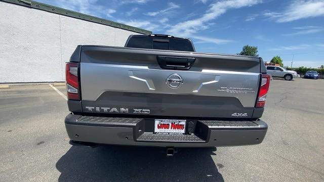 2021 Nissan Titan XD 4x4, Pickup #21N168 - photo 4