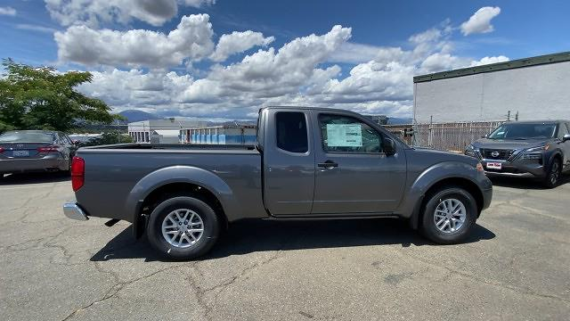 2021 Nissan Frontier 4x2, Pickup #21N228 - photo 2