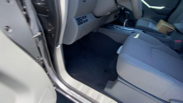 2021 Nissan Frontier 4x4, Pickup #21N266 - photo 29