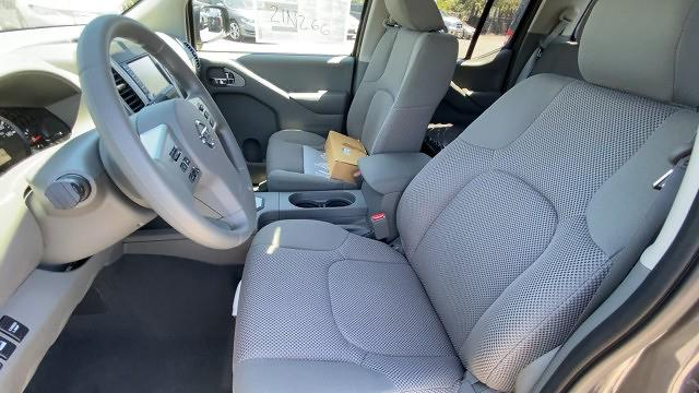 2021 Nissan Frontier 4x4, Pickup #21N266 - photo 30