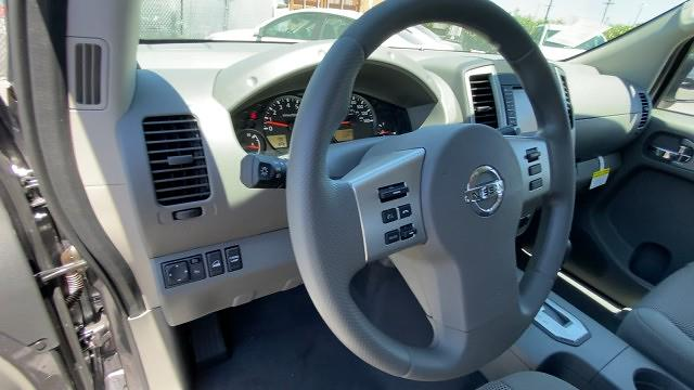 2021 Nissan Frontier 4x4, Pickup #21N266 - photo 37